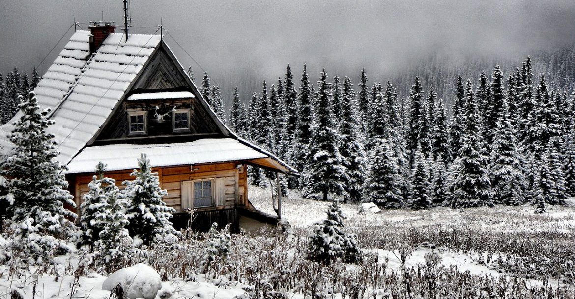 Find a Roofing Contractor to Winterize Your Home